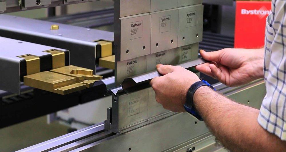 انواع خم کاری قطعات