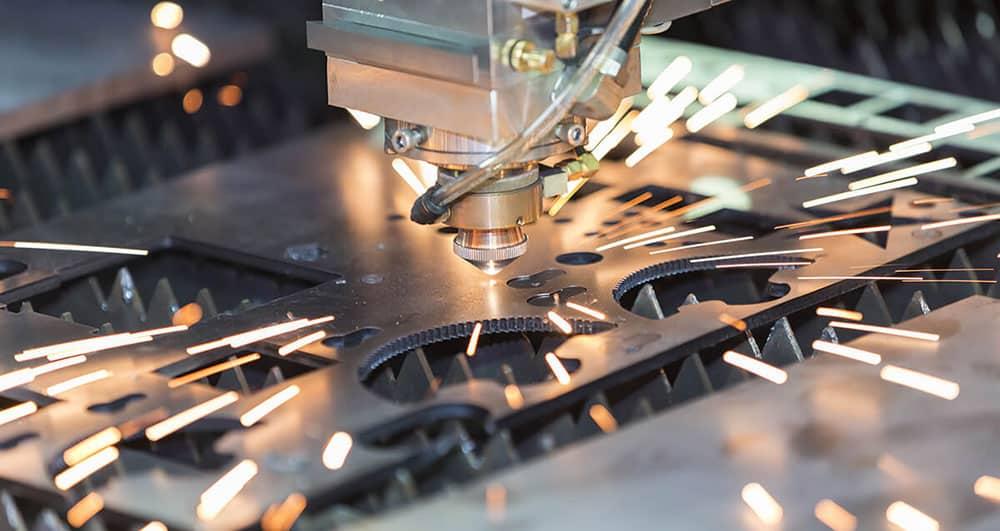 بررسی انواع روش های برش فلزات